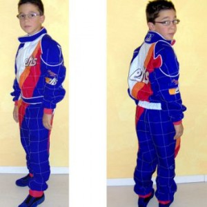 NEW SUIT FOR CHILDREN FROM 5 TO 10 YEARS